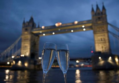 Bateaux London Lunch & Dinner Cruises