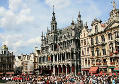 Brussels - Independent Tour with Eurostar & Hop-on Hop-Off Bus