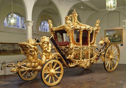Buckingham Palace & Royal Mews