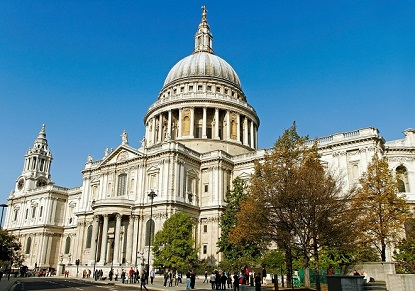 St Paul's Cathedral & Tower of London with River Cruise